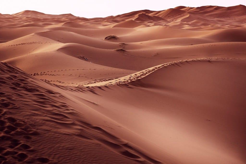 desert-merzouga-maroc-dunes